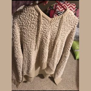 Women's semi cropped popcorn sweater with hood